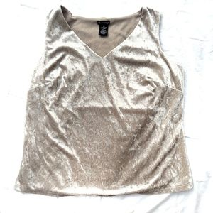 New Directions Curvy Crushed Velvet Tank Top plus